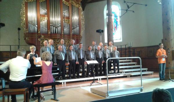 Männerchor Schlatt vor dem Auftritt